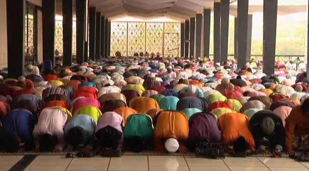 Saudi Arabia, UAE, Bangladesh celebrates Eid-ul-Fitr today
