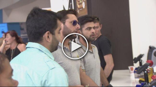 Shahid Afridi at McDonald in Auckland