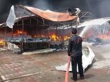 Islamabad Sasta Bazaar Caught Fire (1)
