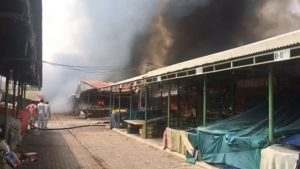 Islamabad Sasta Bazaar Caught Fire (10)